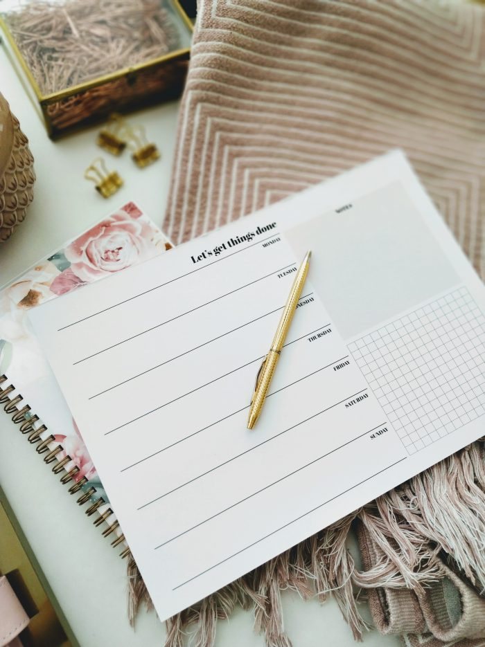 notepad 2020 weekly planner